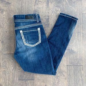 Daytrip Buckle Lynx Skinny Blue Jeans